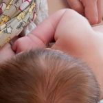 Пьяная мать задушила во сне 5-месячного сына