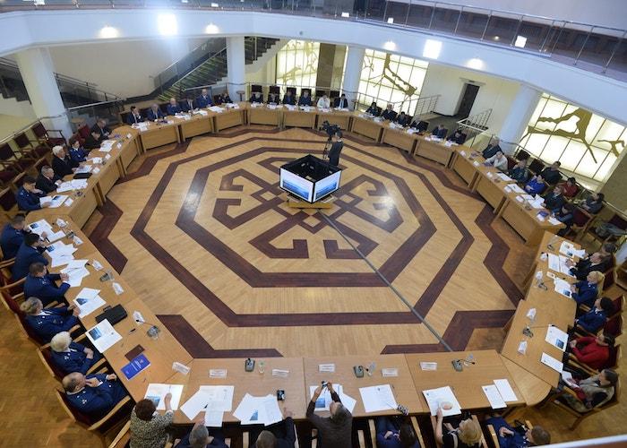 На открытом форуме прокуратуры обсудили вопросы охраны Телецкого озера