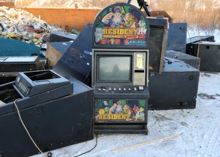 В Майме уничтожили 14 игровых автоматов