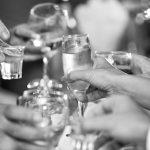 Пьянка до добра не доводит: нетрезвый мужчина зарубил пожилую мать