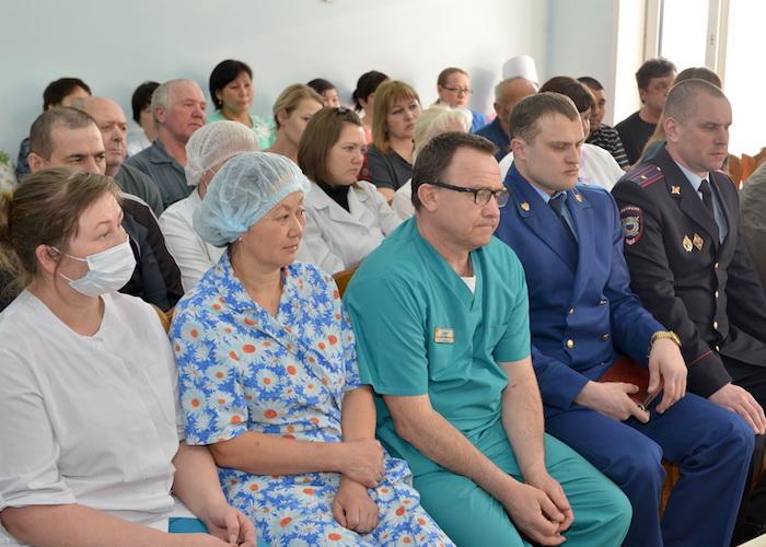 Глава республики посетил Усть-Коксинский район