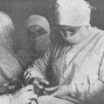Оказала хирургическую помощь сотням бойцов