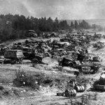 Сорок пылающих танков оставил враг на поле боя