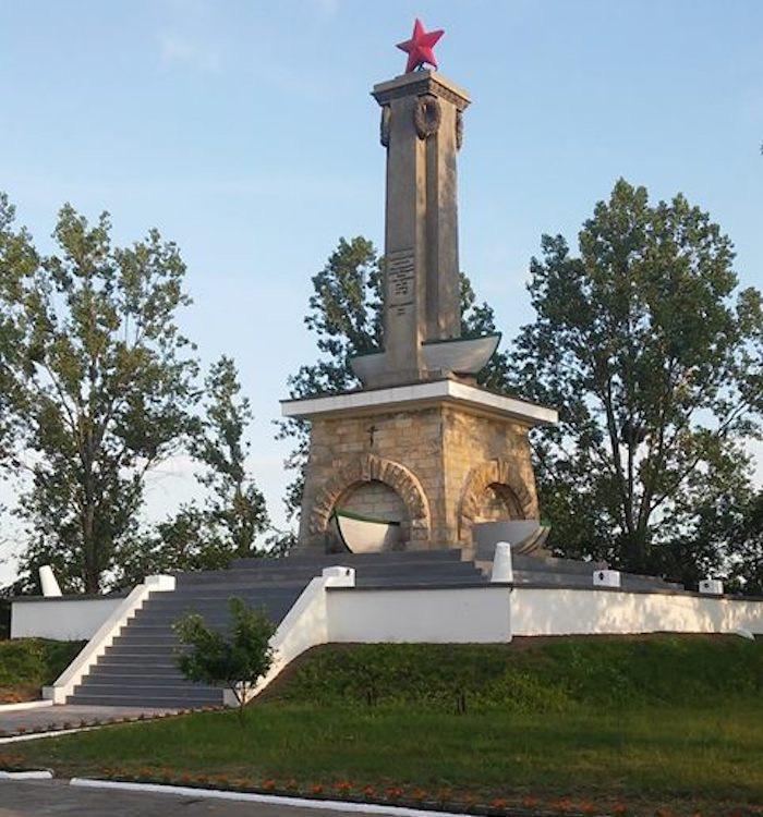 В Польше планируют снести памятник, имеющий отношение к алтайскому герою