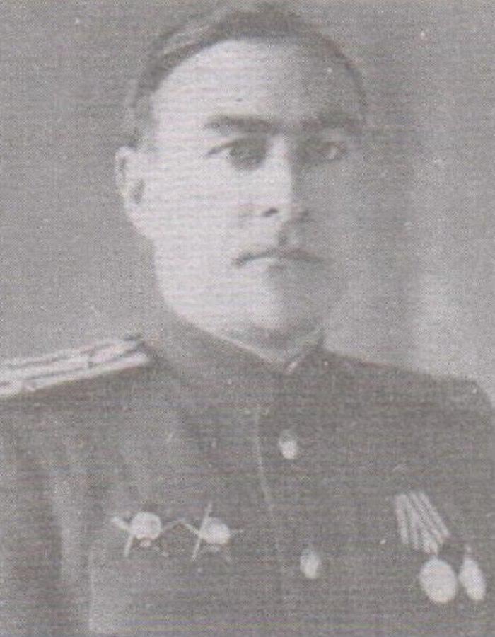 Бил басмачей и фашистов, консультировал корейцев. Боевой путь офицера из Черного Ануя