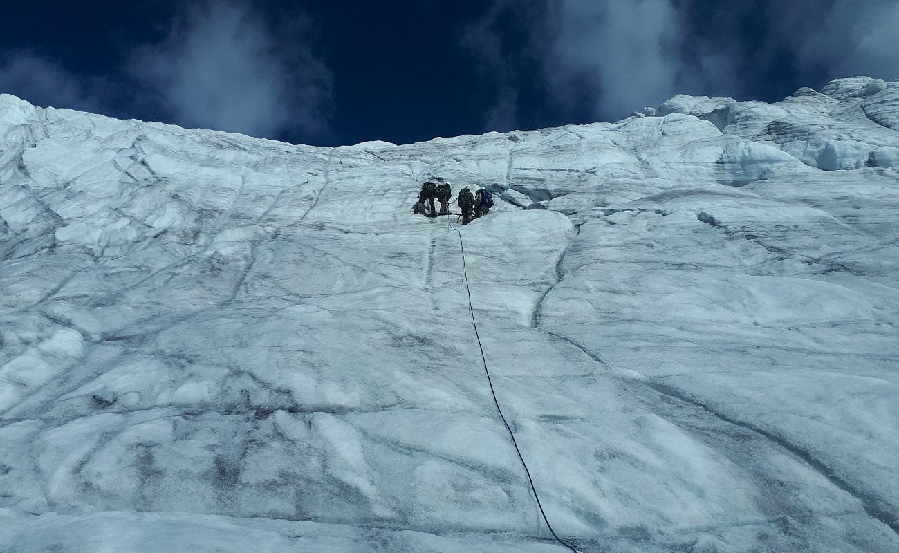 Алтайские пограничники прошли курс горной подготовки