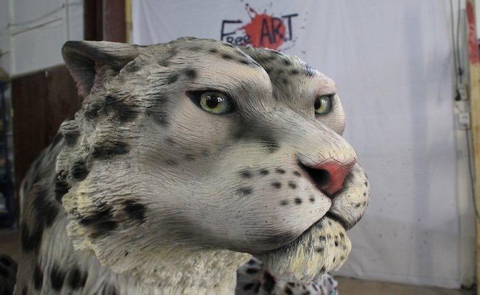 Памятник погибшим в петле браконьера снежным барсам устанавливают в Кош-Агаче